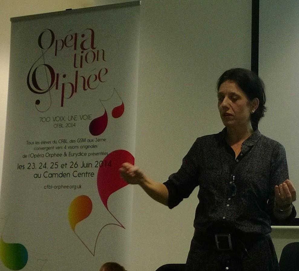 Anne Collis présente l'opération Orphée : 700 voix, une voie !