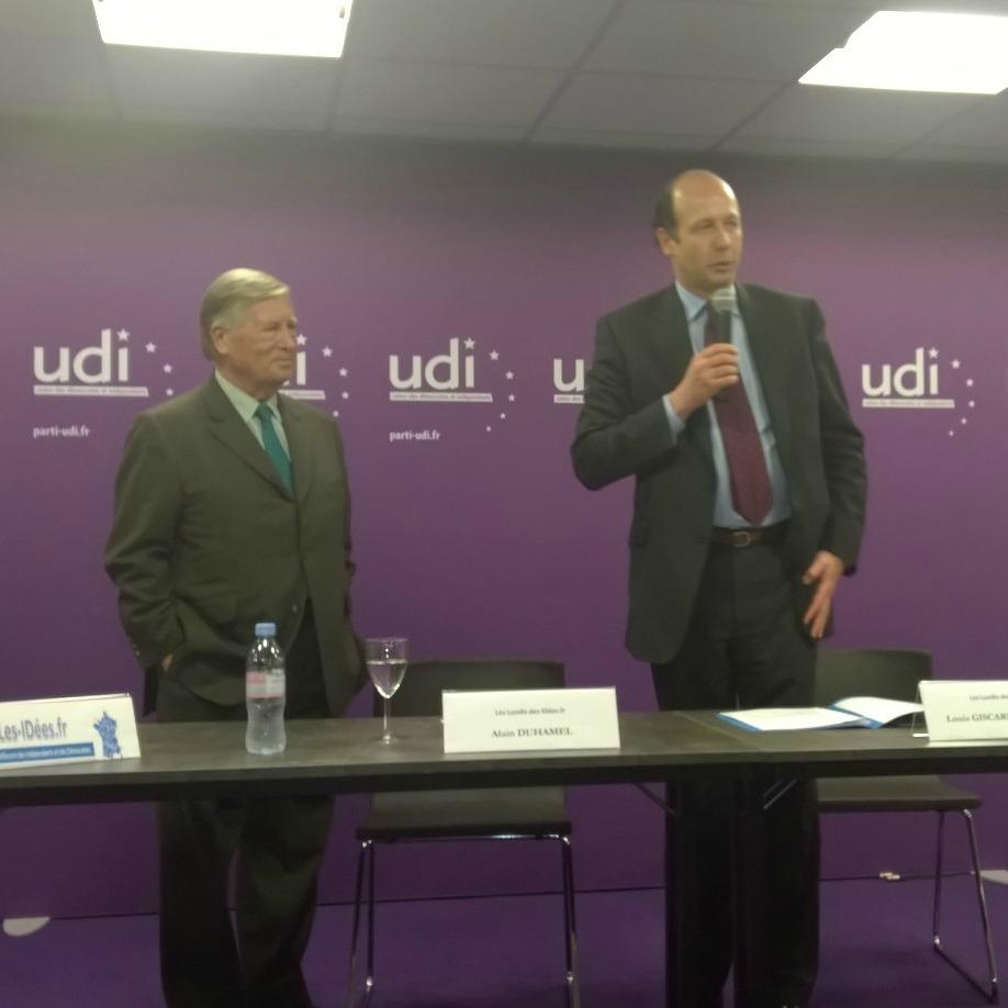Alain Duhamel et Louis Giscard d'Estaing au 17ème Forum-débat organisé par les Les-IDées.fr, le 17 novembre 2014 au siège de l'UDI à Paris