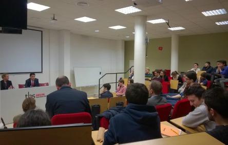Conférence-débat sur l'entreprenariat auprès des étudiants de la Toulouse Business School de Barcelone, le 27-11-2014