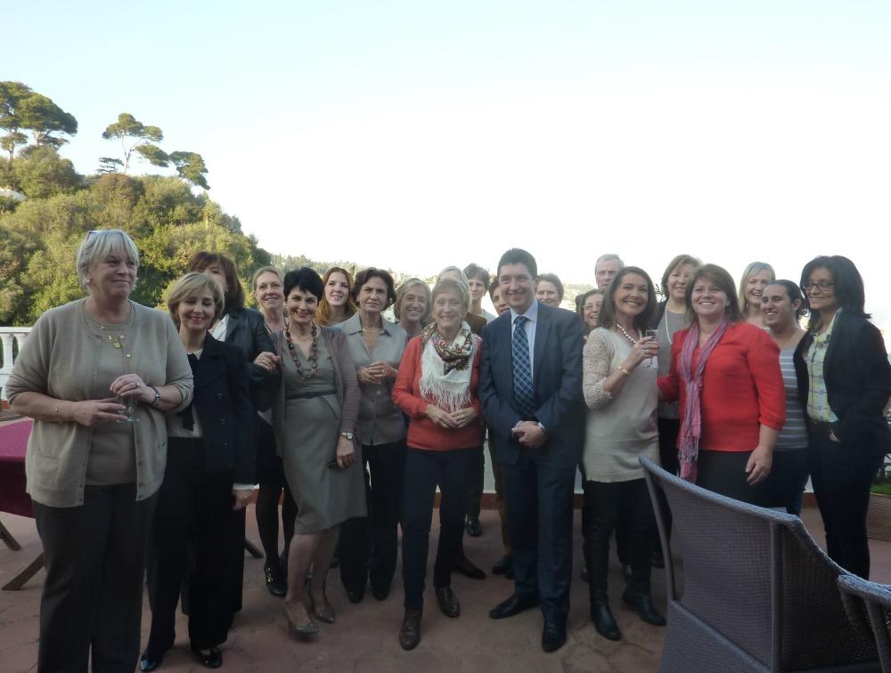 Les membres de l'UFE Alger réunis pour la galette des rois, organisée par leur présidente Blandine Donot