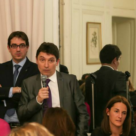 Yann le Provost, président de l'UFE IDF, Olivier Cadic, Caroline Laporte, conseillère consulaire Belgique