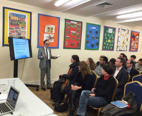 Le 19 janvier 2015, les parents étaient conviés à une soirée de présentation du futur collège bilingue. A l'occasion, Dr Ian Hill a présenté aux parents le programme du diplôme BI