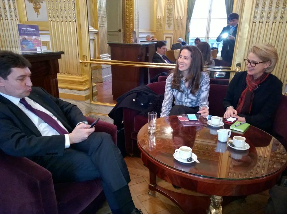 Olivier Cadic, Isabelle Faulkner et Sabine Dehon, créatrices de L'Ecole internationale Franco-Anglaise (EIFA) à Londres