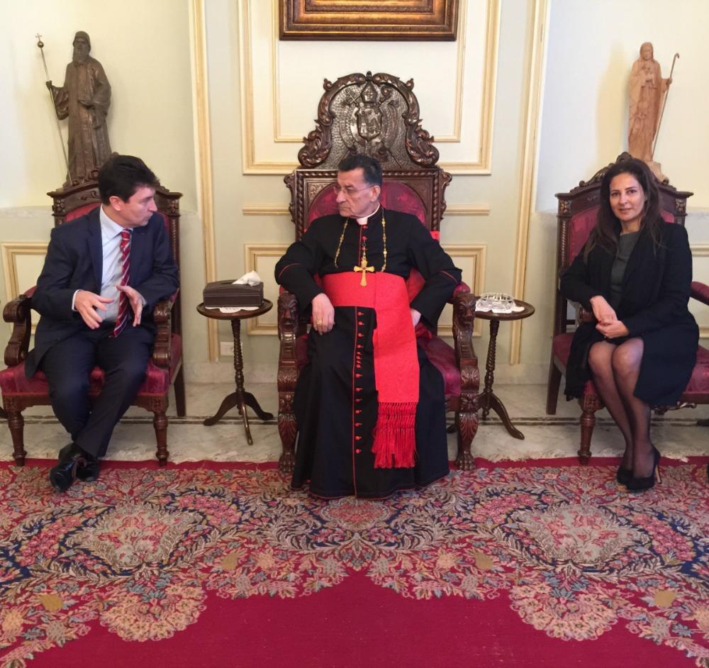 Olivier Cadic, le patriarche maronite Mgr Bechara Raï et Patricia Elias Smida, avocate et déléguée UDI-Liban