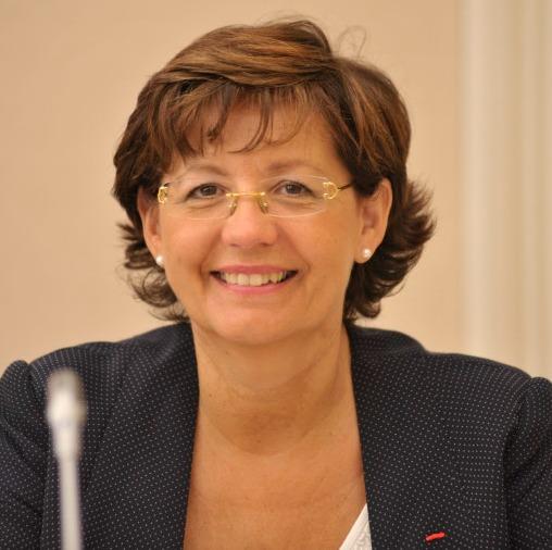 Claudine Schmid, député des Français de Suisse et du Liechtenstein, a sollicité la Commission européenne sur le bien-fondé de l'imposition et constamment interpellé le gouvernement