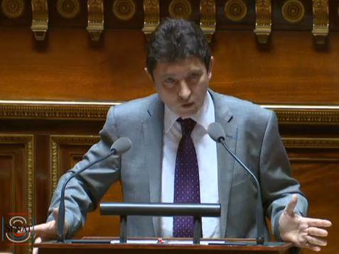 """""""Notre code du travail que nous enrichissons encore en ce moment comprend 10.000 articles… contre seulement 54 pour le code suisse"""", Olivier Cadic – Sénat – 20/07/2015"""